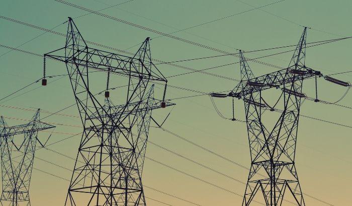 そもそも電力自由化って何?沖縄でもできるの?